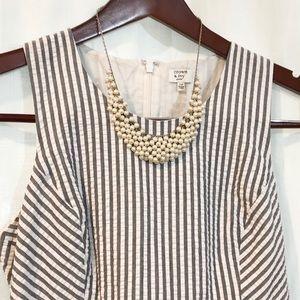 Jewelry - Pearl bib necklace